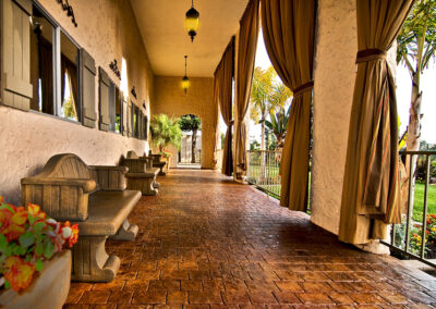 Reo Vista outdoor shaded seating area
